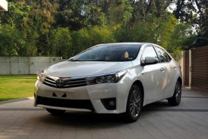 Sewa Toyota Camry Jakarta, Sewa Mobil Wedding Jakarta, Sewa Fortuner Murah